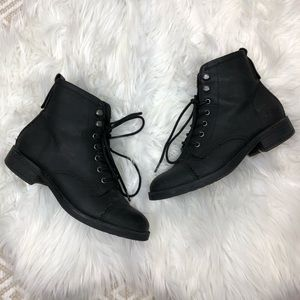 Madden Girl Black Fuze Ankle Boots Combat 6M